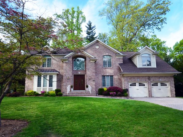 6 bed 6 bath Single Family at 121 Oak St Tenafly, NJ, 07670 is for sale at 1.75m - 1 of 27