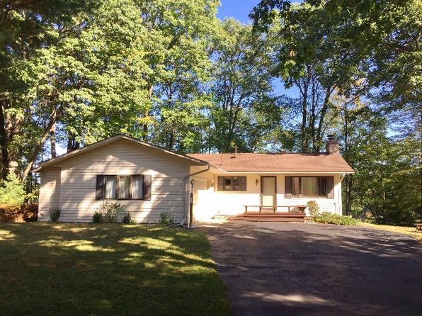 3 bed 2 bath Single Family at 6802 S Forest Lake Dr Alger, MI, 48610 is for sale at 179k - 1 of 29