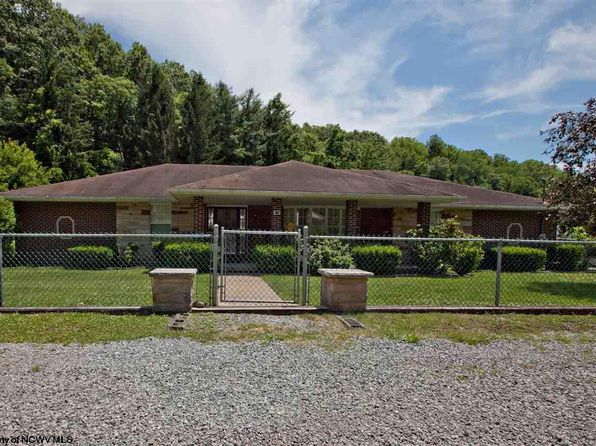 3 bed 3 bath Single Family at 710 Lynn Ave Weston, WV, 26452 is for sale at 238k - 1 of 17