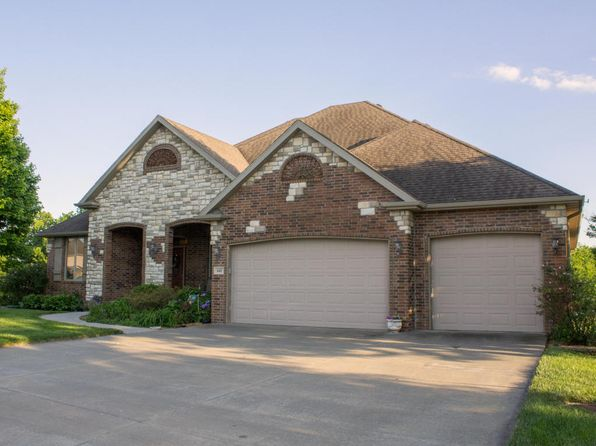 5 bed 3 bath Single Family at 641 S Garden Way Republic, MO, 65738 is for sale at 420k - 1 of 93