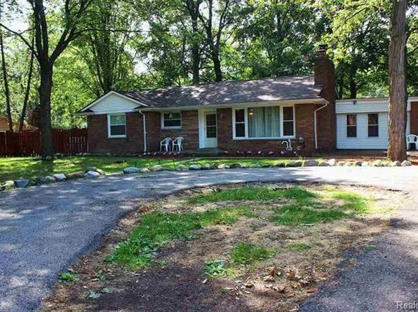 3 bed 2 bath Single Family at 21305 W Twelve Mile Rd Southfield, MI, 48076 is for sale at 170k - 1 of 38