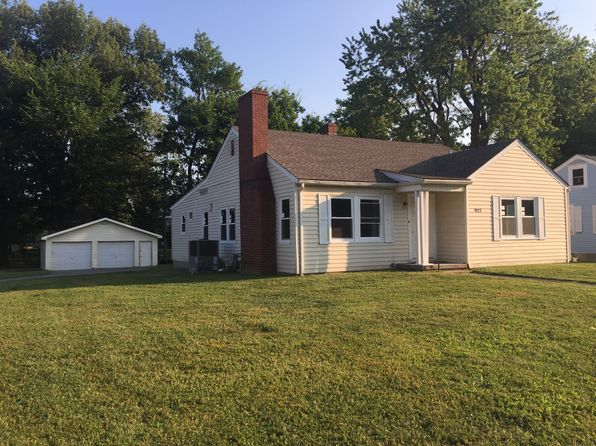 4 bed 2 bath Single Family at 1927 Washington St Paducah, KY, 42003 is for sale at 110k - 1 of 6
