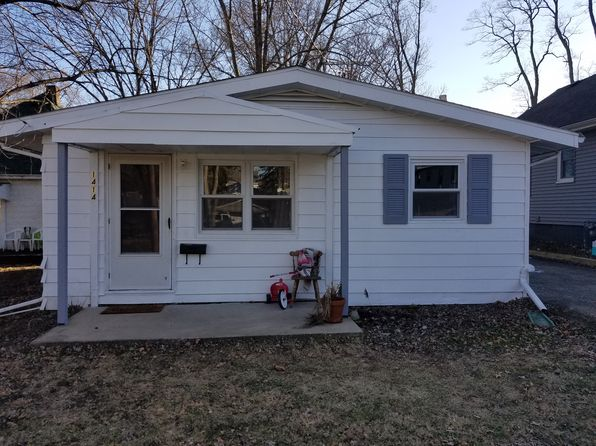 2 bed 1 bath Single Family at 1414 E Fairoaks Ave Peoria, IL, 61603 is for sale at 45k - google static map