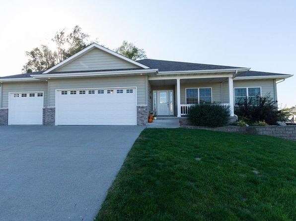 3 bed 3 bath Single Family at 1012 S 11th St Adel, IA, 50003 is for sale at 339k - 1 of 20