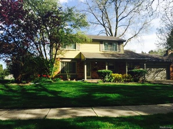3 bed 2 bath Single Family at 924 Barclay Dr Troy, MI, 48085 is for sale at 289k - 1 of 16