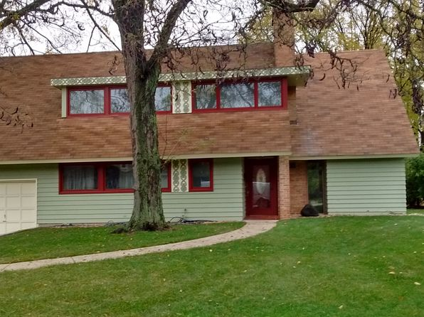4 bed 2 bath Single Family at 2176 Crabtree Ln Northbrook, IL, 60062 is for sale at 580k - 1 of 19