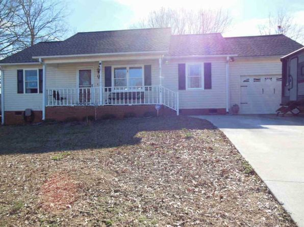 3 bed 2 bath Single Family at 154 Loblolly Dr Spartanburg, SC, 29303 is for sale at 126k - 1 of 24