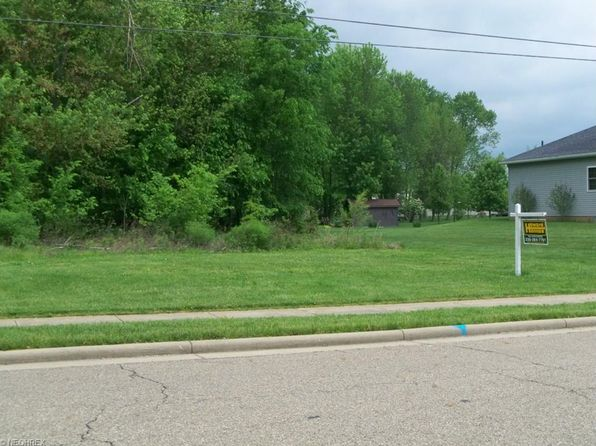null bed null bath Vacant Land at 18TH NE St New Philadelphia, OH, 44663 is for sale at 30k - 1 of 3