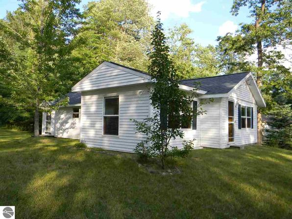3 bed 1 bath Single Family at 5828 Oak Rd Rose City, MI, 48654 is for sale at 70k - 1 of 26