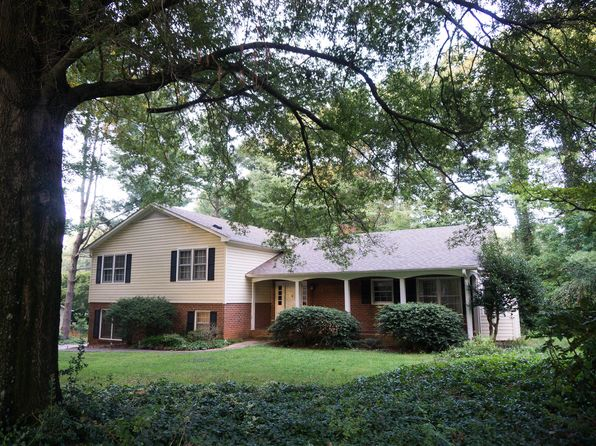 4 bed 3 bath Single Family at 4665 Duffer Ct Pfafftown, NC, 27040 is for sale at 160k - 1 of 22