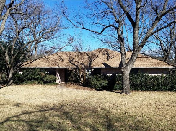 3 bed 2 bath Single Family at 8512 Ravenswood Rd Granbury, TX, 76049 is for sale at 240k - 1 of 25