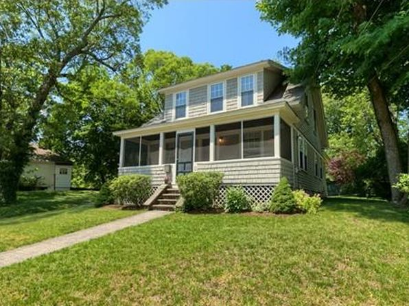 3 bed 2 bath Single Family at 9 Farrington St Franklin, MA, 02038 is for sale at 375k - 1 of 30