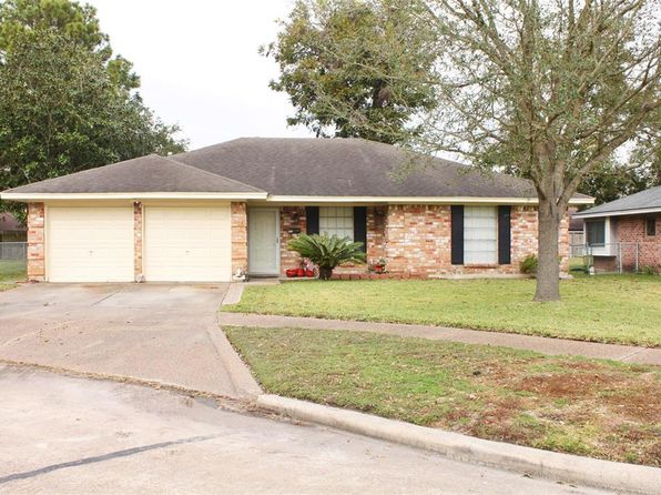 3 bed 2 bath Single Family at 1405 McDonald St Deer Park, TX, 77536 is for sale at 170k - 1 of 12