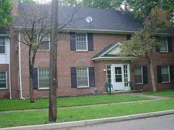 6 bed 3 bath Multi Family at 826 W Pacific Ave Waukegan, IL, 60085 is for sale at 295k - google static map