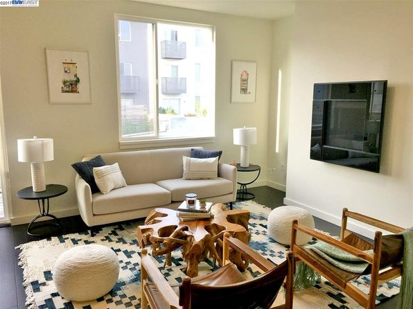 2 bed 2 bath Condo at 555 Innes Ave San Francisco, CA, 94124 is for sale at 910k - 1 of 18