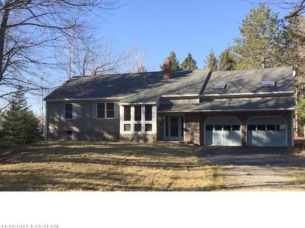 3 bed 2 bath Single Family at 148 Scraggle Point Rd Spruce Head, ME, 04859 is for sale at 365k - 1 of 12