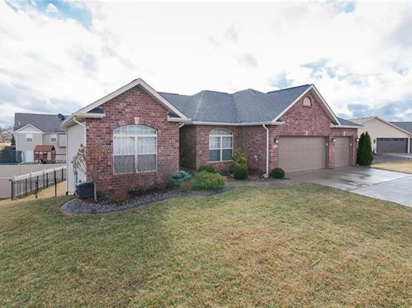 4 bed 2 bath Single Family at 8014 Charleston Troy, IL, 62294 is for sale at 287k - 1 of 34
