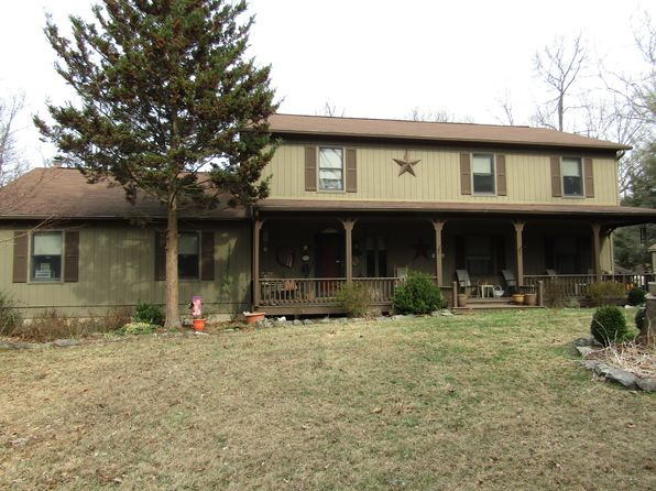 4 bed 3 bath Single Family at 180 White Oaks Dr Martinsburg, WV, 25404 is for sale at 310k - 1 of 64