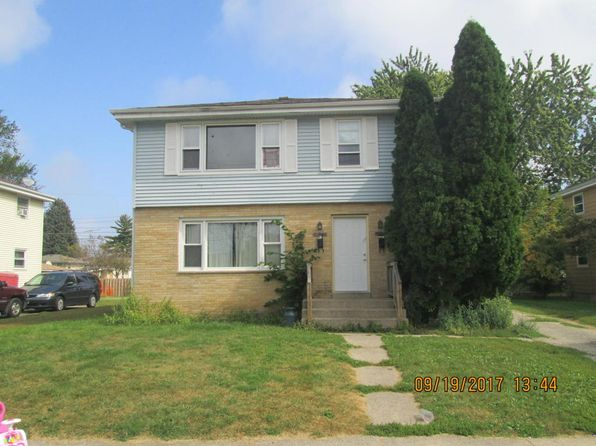 3 bed 2 bath Multi Family at 3911 29th Ave Kenosha, WI, 53140 is for sale at 130k - 1 of 8