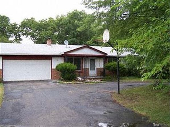 3 bed 2 bath Single Family at 744 Tomahawk Trl Highland, MI, 48357 is for sale at 160k - google static map