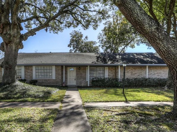 4 bed 3 bath Single Family at 9802 Rambling Trl Houston, TX, 77089 is for sale at 183k - 1 of 25