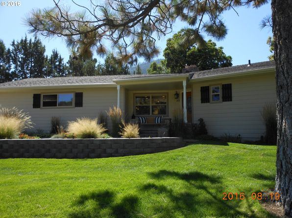 3 bed 2 bath Single Family at 312 Edgewood Dr Canyon City, OR, 97820 is for sale at 255k - 1 of 22