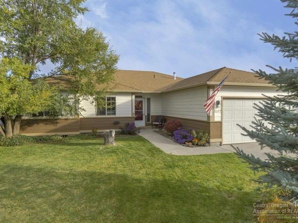 3 bed 2 bath Single Family at 2377 NW Elm Pl Redmond, OR, 97756 is for sale at 279k - 1 of 25