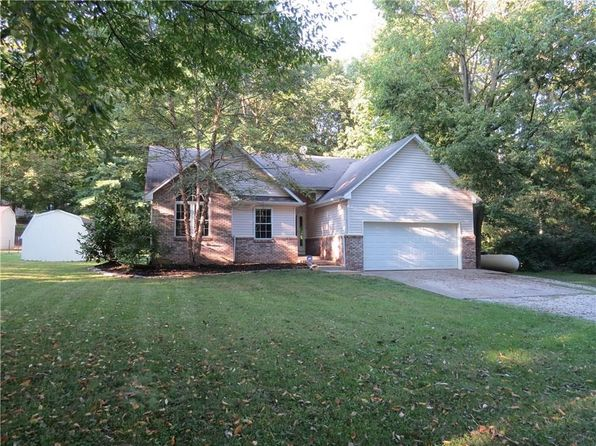 3 bed 2 bath Single Family at 5460 W Whittier Dr Knightstown, IN, 46148 is for sale at 135k - 1 of 24