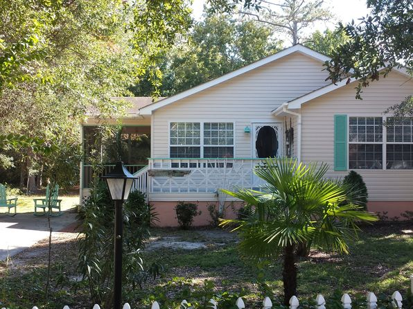 3 bed 2 bath Single Family at 813 Elizabeth Dr Oak Island, NC, 28465 is for sale at 239k - 1 of 19