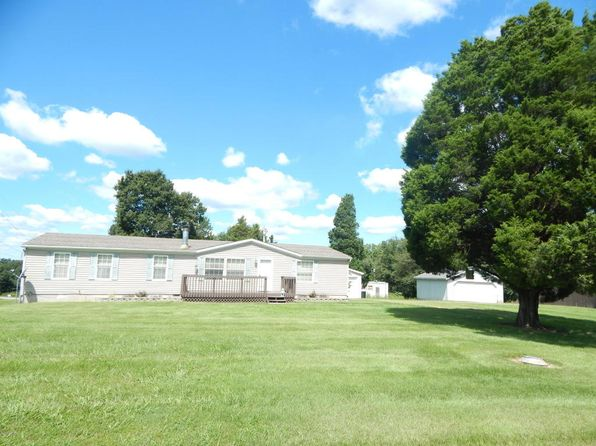 3 bed 2 bath Mobile / Manufactured at 2175 Eagle Point Bay Rd Goreville, IL, 62939 is for sale at 77k - 1 of 27