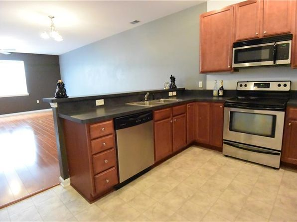 2 bed 2 bath Condo at 5321 Warminster Dr Virginia Beach, VA, 23455 is for sale at 150k - 1 of 15