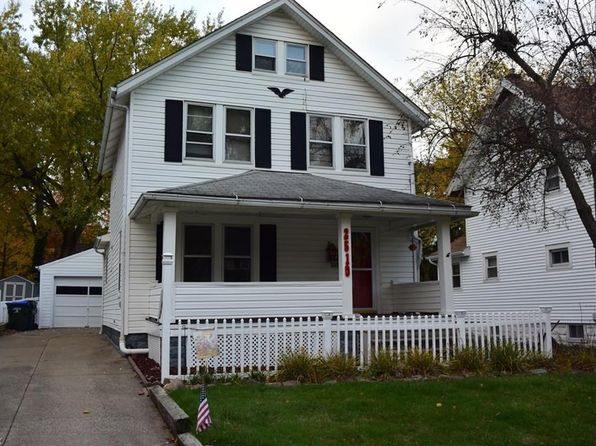 3 bed 2 bath Single Family at 2510 4th St Cuyahoga Falls, OH, 44221 is for sale at 125k - 1 of 14