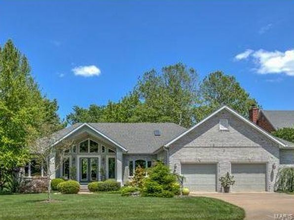 4 bed 3 bath Single Family at 4006 Stoneledge Ct Godfrey, IL, 62035 is for sale at 450k - 1 of 81