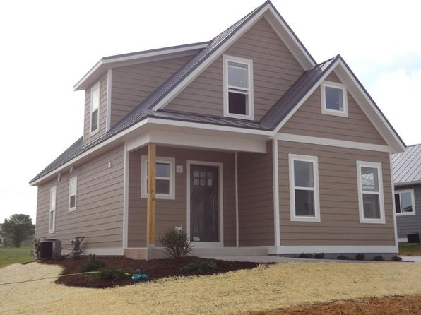 3 bed 3 bath Single Family at 107 Peter Thein Ave Belgium, WI, 53004 is for sale at 225k - 1 of 6