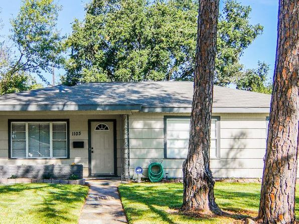 4 bed 2 bath Single Family at 1103 Shawnee St Houston, TX, 77034 is for sale at 140k - 1 of 26