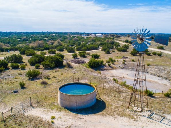 Hunting Property - Rocksprings Real Estate - Rocksprings TX Homes