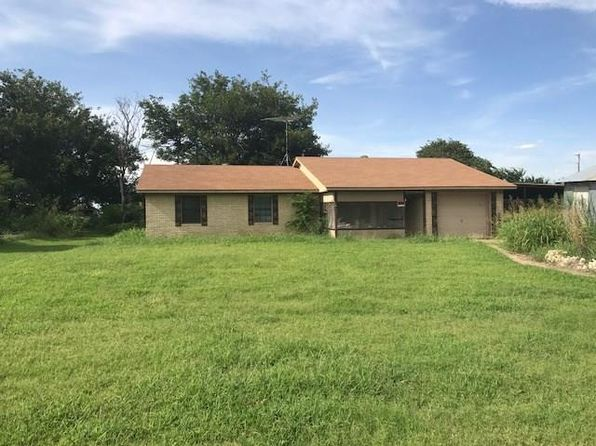 3 bed 2 bath Single Family at 1400 E E Ave Randlett, OK, 73562 is for sale at 26k - google static map