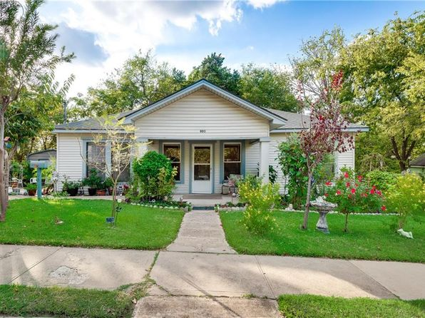 2 bed 1 bath Single Family at 803 N Boulevard Ter Dallas, TX, 75211 is for sale at 210k - 1 of 26