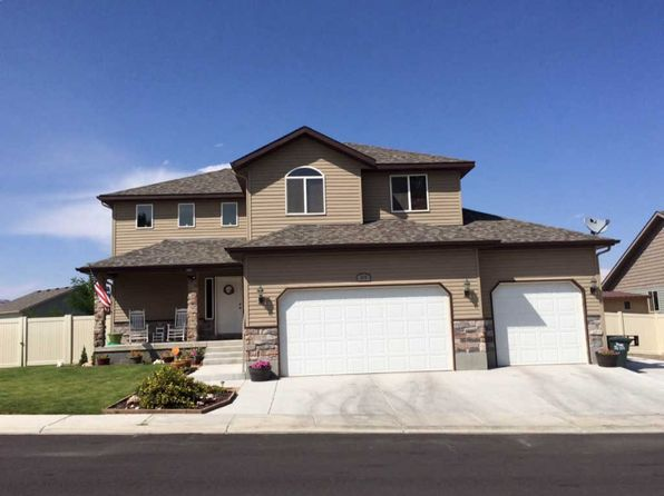 4 bed 2.5 bath Single Family at 1523 Tamarack Rd Elko, NV, 89801 is for sale at 344k - 1 of 7