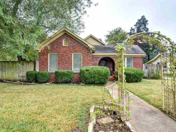 3 bed 2 bath Single Family at 109 S Linden Rosebud, TX, 76570 is for sale at 120k - 1 of 16