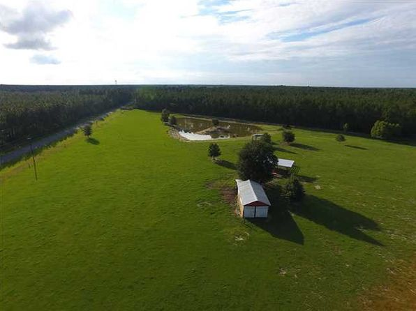 1 bed 2 bath Single Family at 5791 Hwy 381 Wewahitchka, FL, 32465 is for sale at 175k - 1 of 19