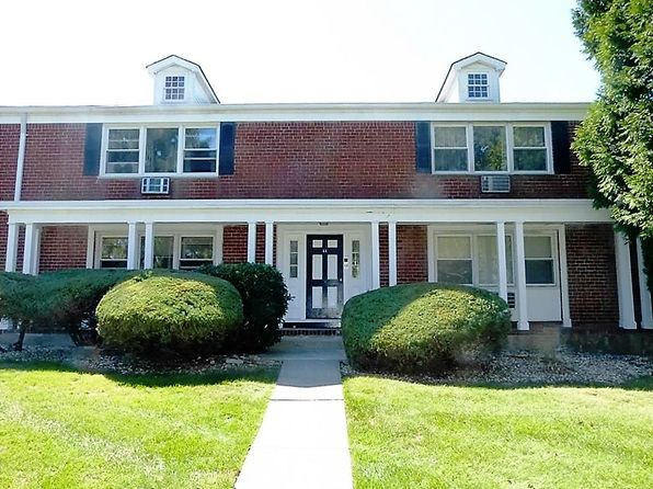 2 bed 2 bath Single Family at 44 Bon Aire Cir Suffern, NY, 10901 is for sale at 135k - 1 of 29