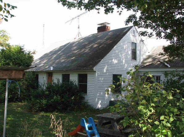 3 bed 2 bath Single Family at 197 Greenfield Rd Peterborough, NH, 03458 is for sale at 485k - 1 of 14