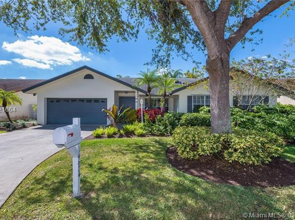 4 bed 3 bath Single Family at Undisclosed Address Miami, FL, 33186 is for sale at 398k - 1 of 29
