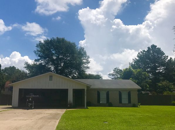 3 bed 2 bath Single Family at 1744 Pinewood Dr Greenville, MS, 38701 is for sale at 119k - 1 of 10