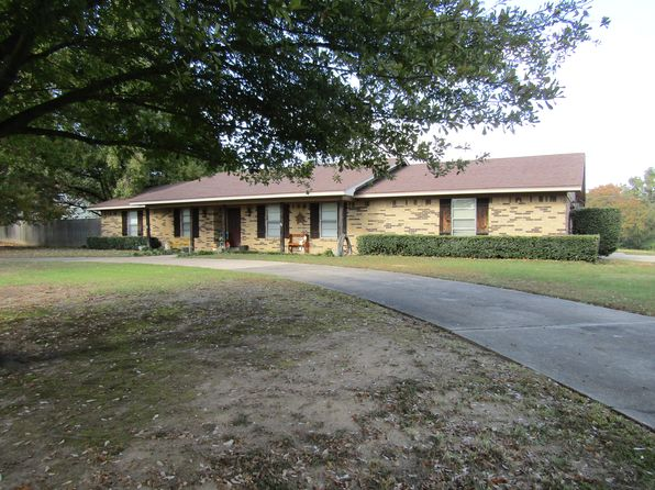 3 bed 2 bath Single Family at 6655 Pine Mill Rd Reno, TX, 75462 is for sale at 170k - 1 of 13