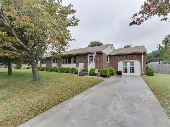 3 bed 3 bath Single Family at 537 Hartswood Ter Chesapeake, VA, 23322 is for sale at 265k - 1 of 32