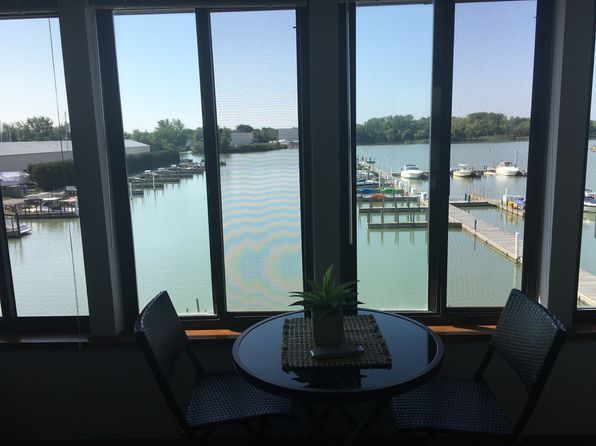 2 bed 2 bath Condo at 509 W Lakeshore Dr Port Clinton, OH, 43452 is for sale at 135k - 1 of 36