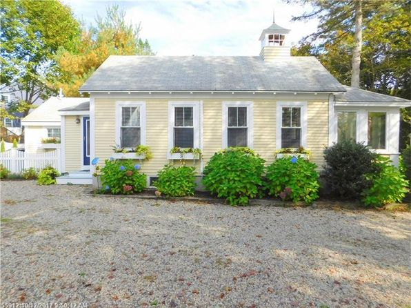 2 bed 2 bath Single Family at 15 CHASE HILL RD KENNEBUNK, ME, 04043 is for sale at 499k - 1 of 16
