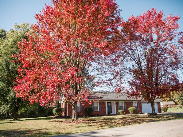 3 bed 2 bath Single Family at 1108 Hampton Ct Campbellsville, KY, 42718 is for sale at 165k - 1 of 30